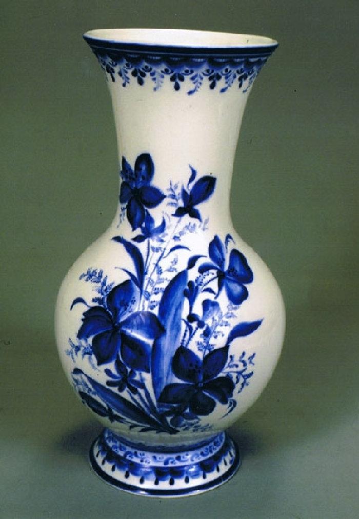 Гжель купить вазу для цветов