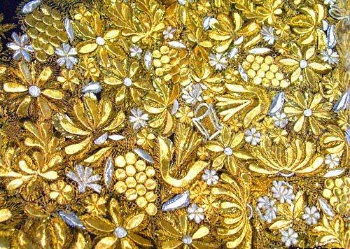 Виноград вышивка золотом